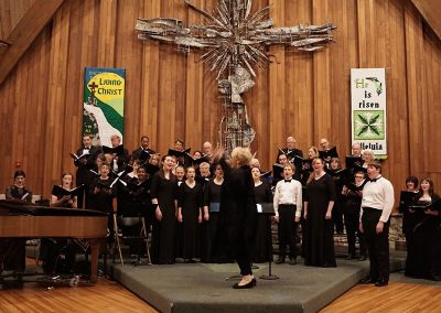 """We Rise Again"" (Rankin Family), Affirmation of Hope: All Things Irish. Buffalo Niagara Choirs and audience, Doreen Rao, cond. Trinity United Methodist Church, Grand Island, May 2016."